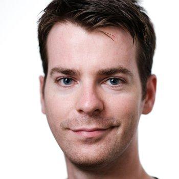 Damian Robertson