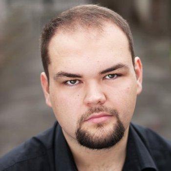 Michael Robert-Lowe