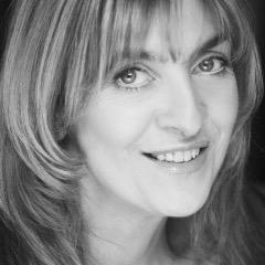 Lynda Rooke