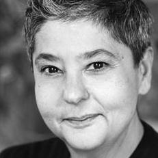 Angela De Castro