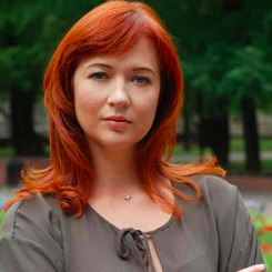 Julia Svezhakova