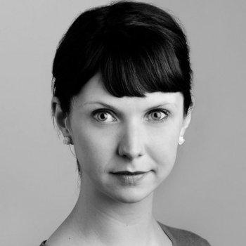 Caroline Horton