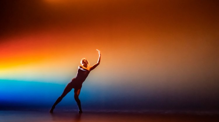 Alexander Whitley Dance Company — Overflow