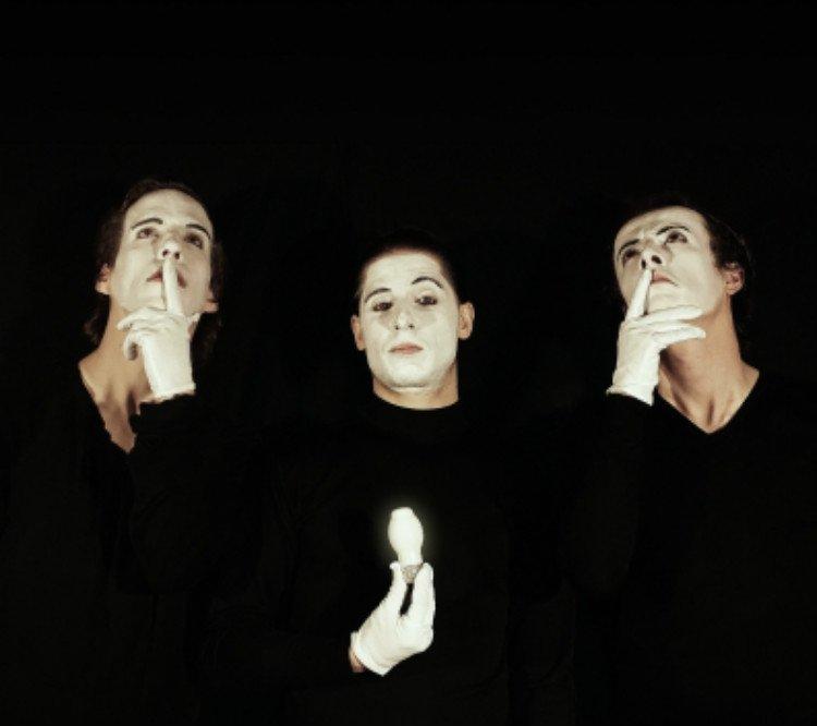 MIMES (Most Imbecilic Mime Ensemble Show)