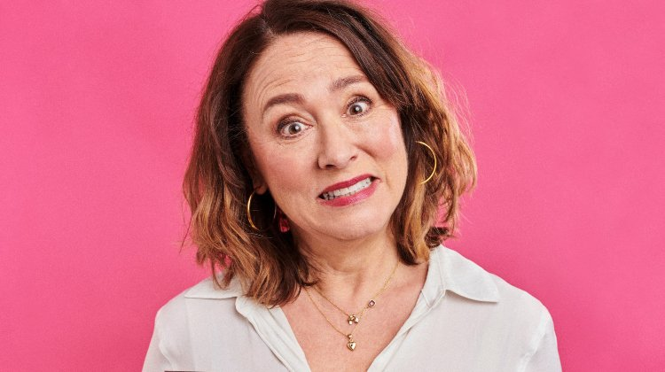 Arabella Weir: Does My Mum Loom Big In This?