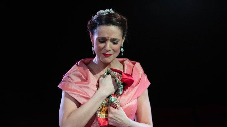 Opera Undone
