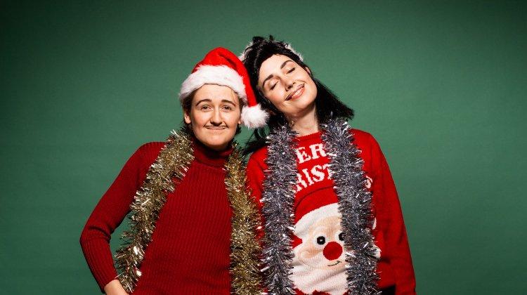 Pecs: Christmas Queer